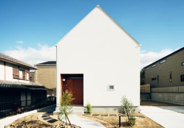 「コトリノハウス」のモデルハウスを特別価格で分譲