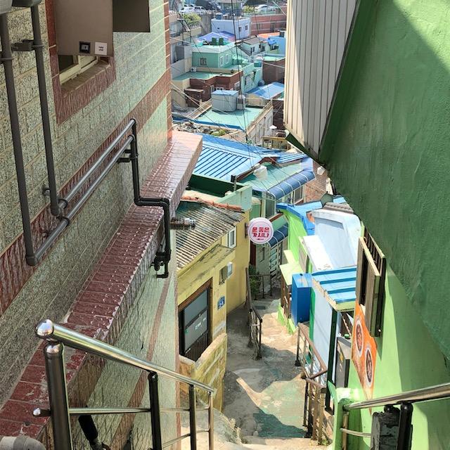 甘川文化村の生活路
